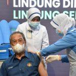 20210224_muhyiddingettingthevaccine_reuters